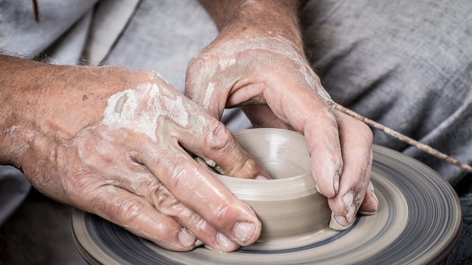 hands pottery